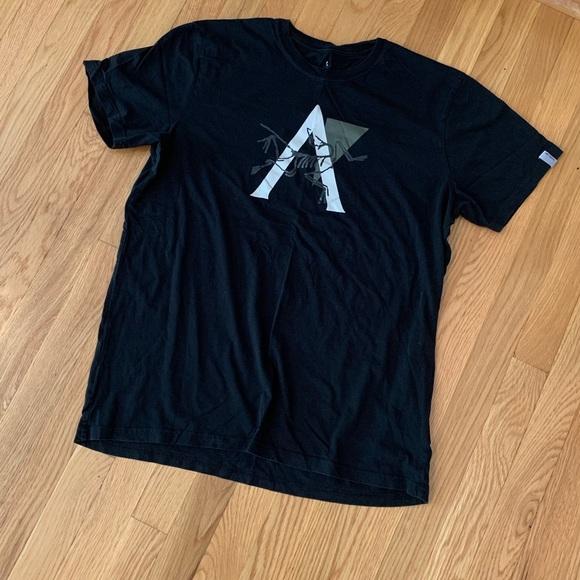 78b170165 Arc teryx Other - Arc teryx Men s Short Sleeve Graphic T-shirt -